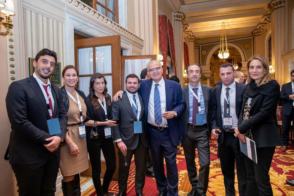 Τα μέλη της Ε.ΕΝ.Ε με τον Αντώνη Διαματάρη Υφυπουργό Εξωτερικών. (από αριστερά Αλέξανδρος Σακελλαρίου, Managing Director, Paradox Kinetics, Ναταλία Βαγιωνή, CEO, Fresh Line, Νίκος Αναστασίου, Manager, Epexyl – Architectural Wood Works, Κρίστιαν Χατζημηνάς, Προέδρος EFA GROUP,Αντιπρόεδρος Ε.ΕΝ.Ε, Αλεξάνδρα Προκάκη, Managing Director,Prokaki, Ευάγγελος Γκιζελής, CEO,Gizelis Robotics).