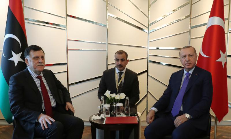 Ερντογάν ενημέρωσε τον Σάρατζ για τη διάσκεψη του Βερολίνου