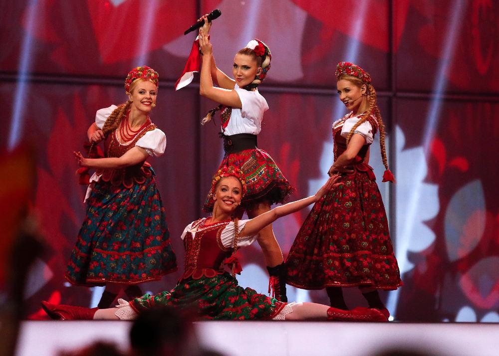 Οι Πολωνές που «έπηζαν» το βούτυρο επί σκηνής έκαναν ιδιαίτερη εντύπωση στην Eurovision του 2014 από την Κοπεγχάγη