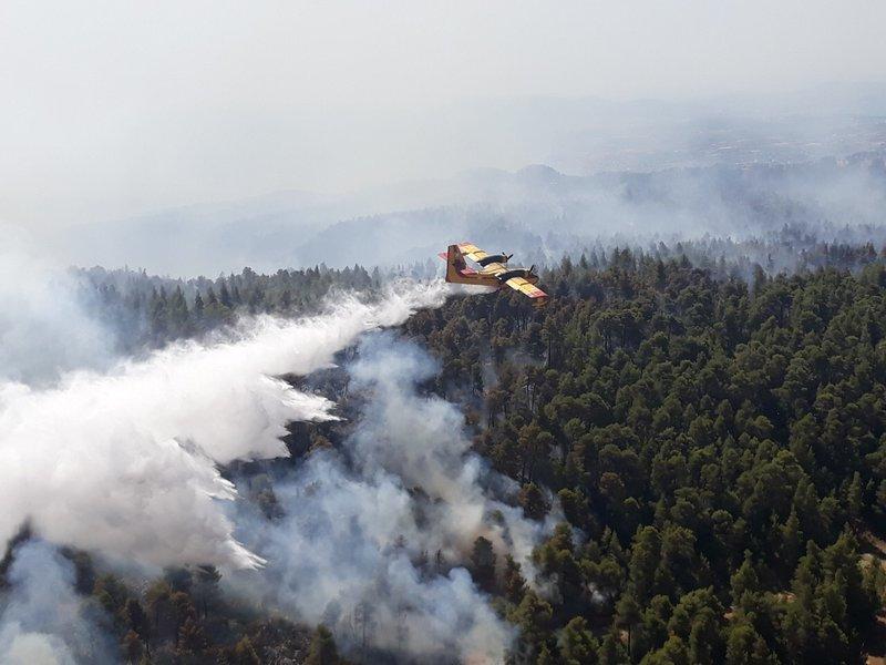 Μάχη με τις φλόγες έδωσαν για δεύτερη ημέρα τα εναέρια μέσα Ελλάδας-Ιταλίας-Ισπανίας