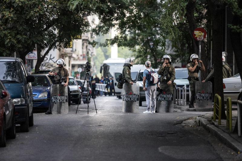 Αστυνομικές δυνάμεις στις επιχειρήσεις εκκένωσης των καταλήψεων