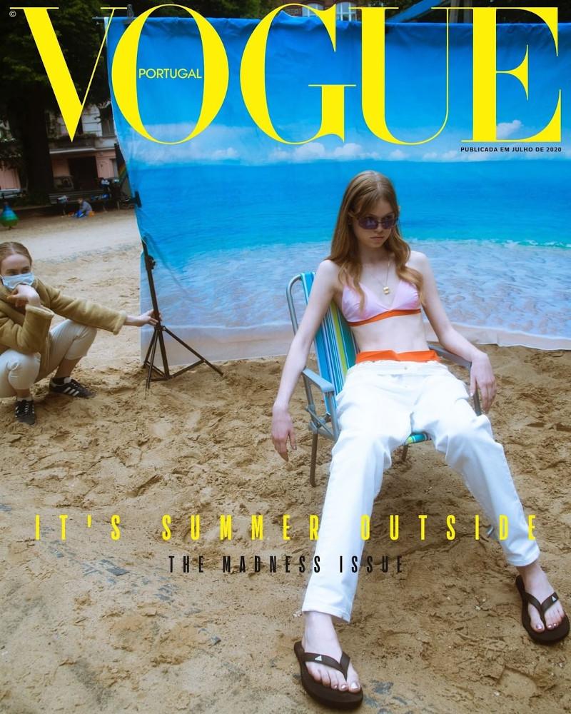 Αυτό είναι το εξώφυλλο της Vogue Portugal που έφερε κατακραυγή -«Δυσάρεστο, φρικτό, προκλητικό», τελικά απεσύρθη   ΖΩΗ