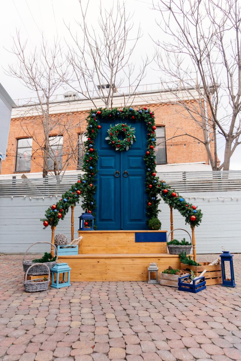 Τα φαναράκια δίνουν άλλο τονό στη χριστουγεννιάτικη ατμόσφαιρα