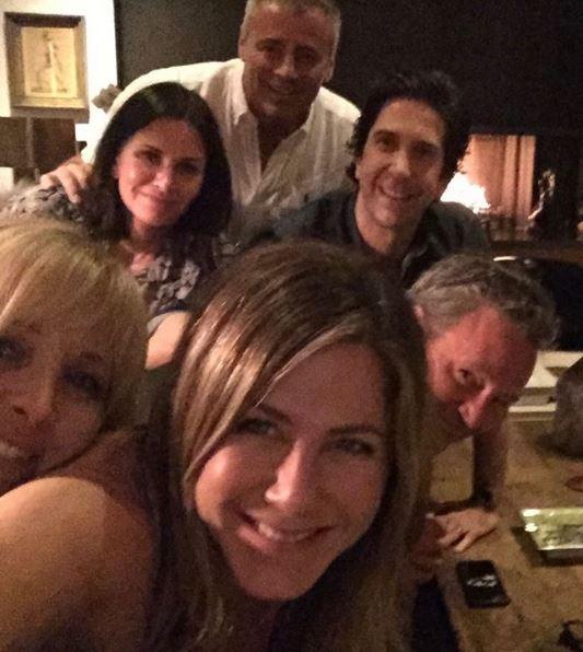 Οι πρωταγωνιστές της σειράς «Φιλαράκια», 25 χρόνια μετά