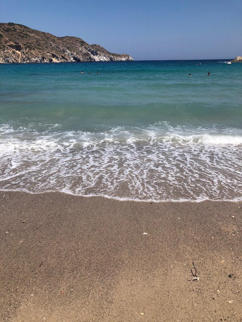 Λέγεται ότι αυτή η παραλία μοιάζει με τεράστια πισίνα.