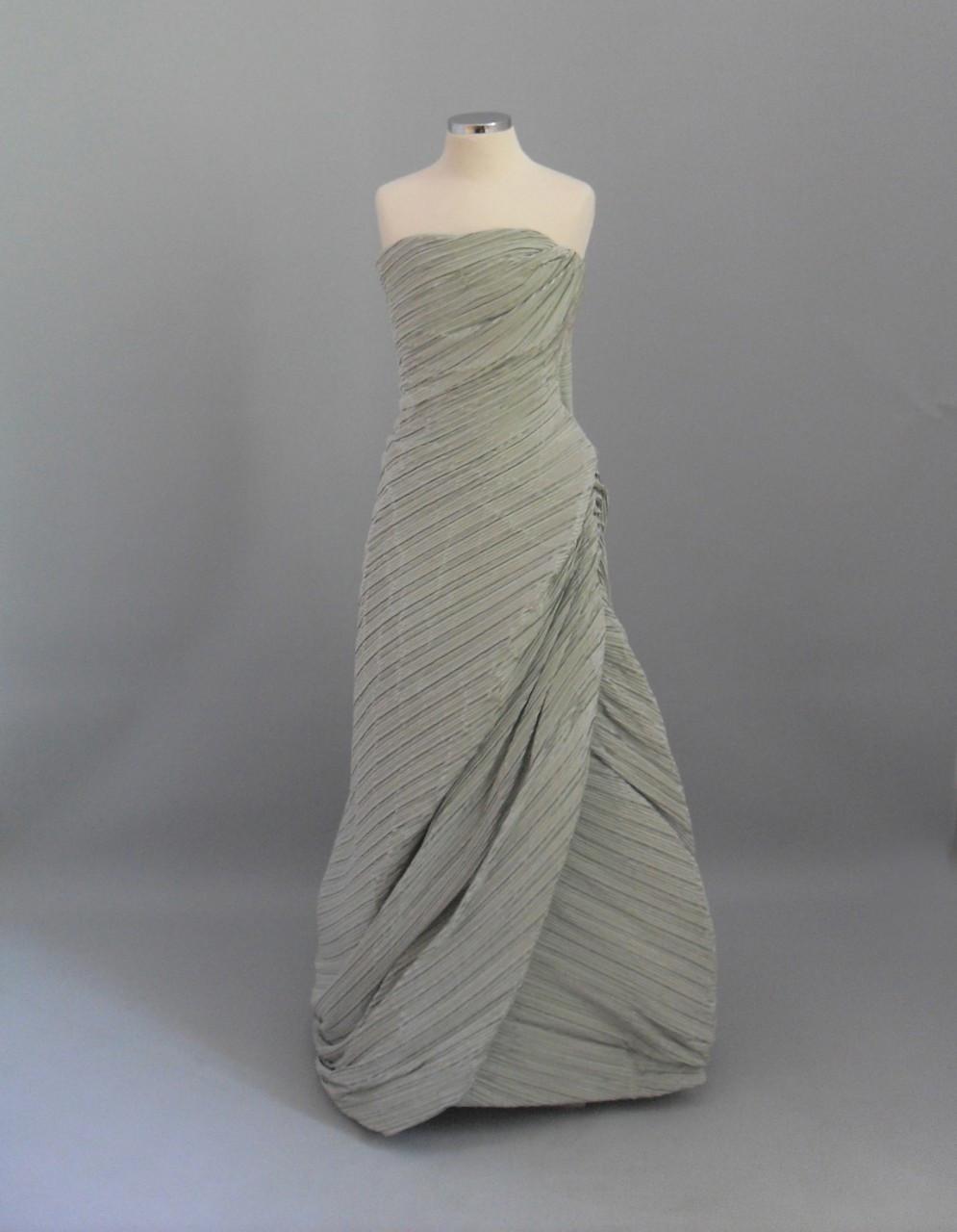 φορεμα στραπλες
