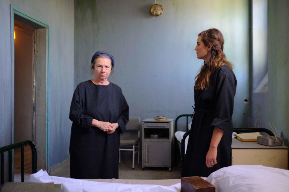 Η Φωτεινή μαθαίνει για την εγκυμοσύνη της Ελένης μετά τον βιασμό του Βοσκάρη
