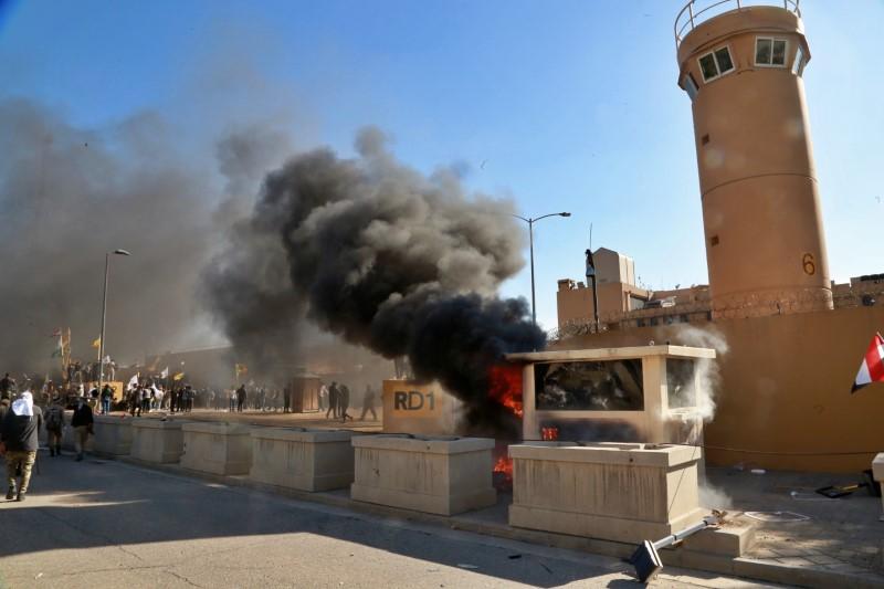 Φωτιά στην πρεσβεία των ΗΠΑ στο Ιράκ