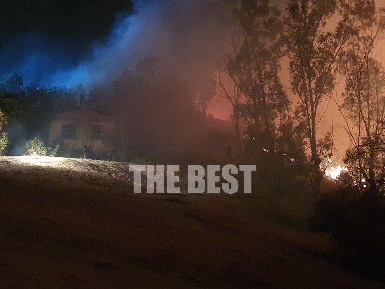 Φωτιά κοντά σε σπίτι στα Συχαινά Πάτρας