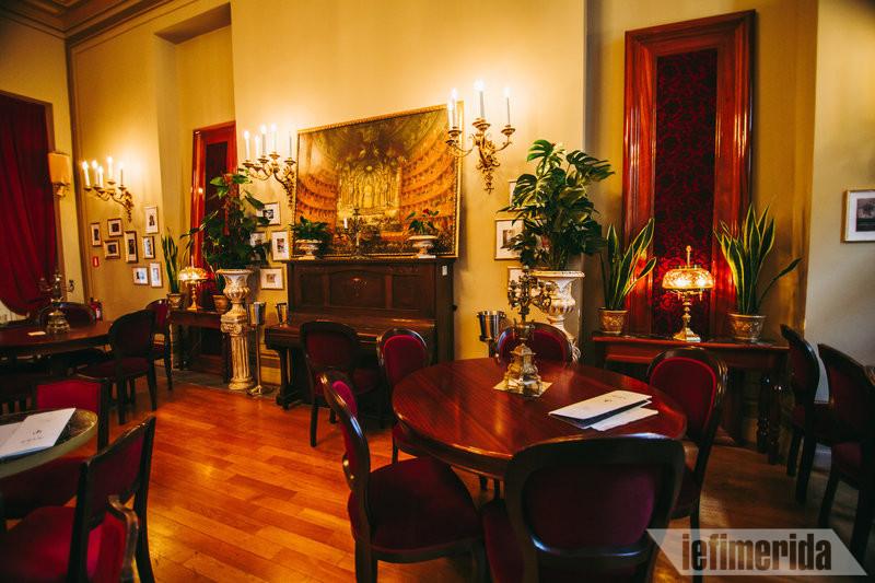 Ο χώρος του Foyer Café Bistrot