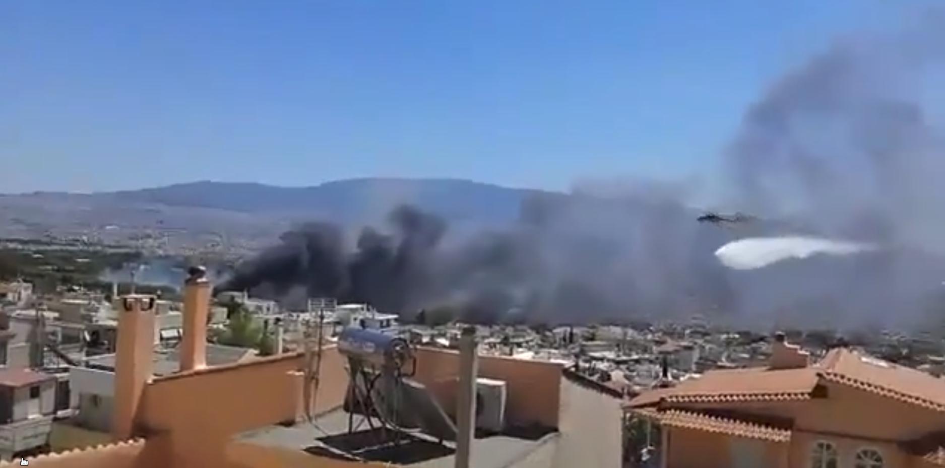 Καπνοί στη φωτιά στο Χαϊδάρι