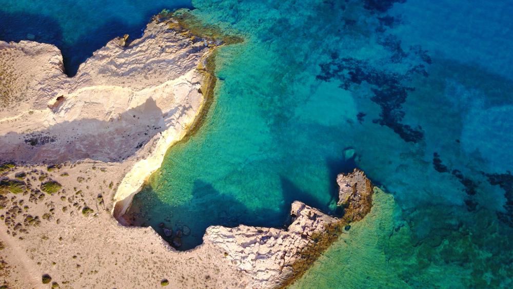 Γάλα παραλία Κουφονήσια από ψηλά