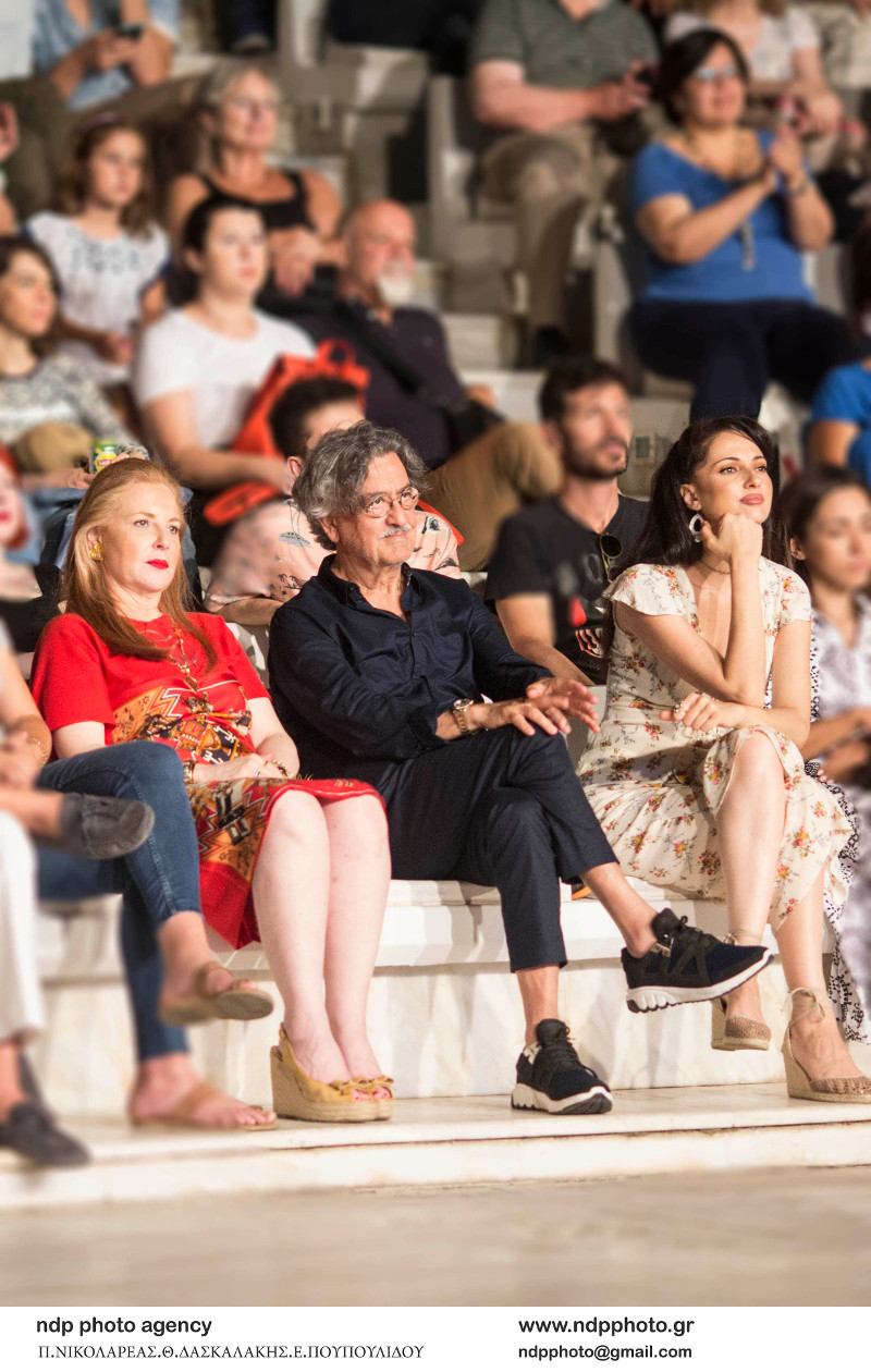 Ο Νίκος Γαλανός και η Έλενα Σαγανά στο Βεάκειο Θέατρο / Φωτογραφία: NDP
