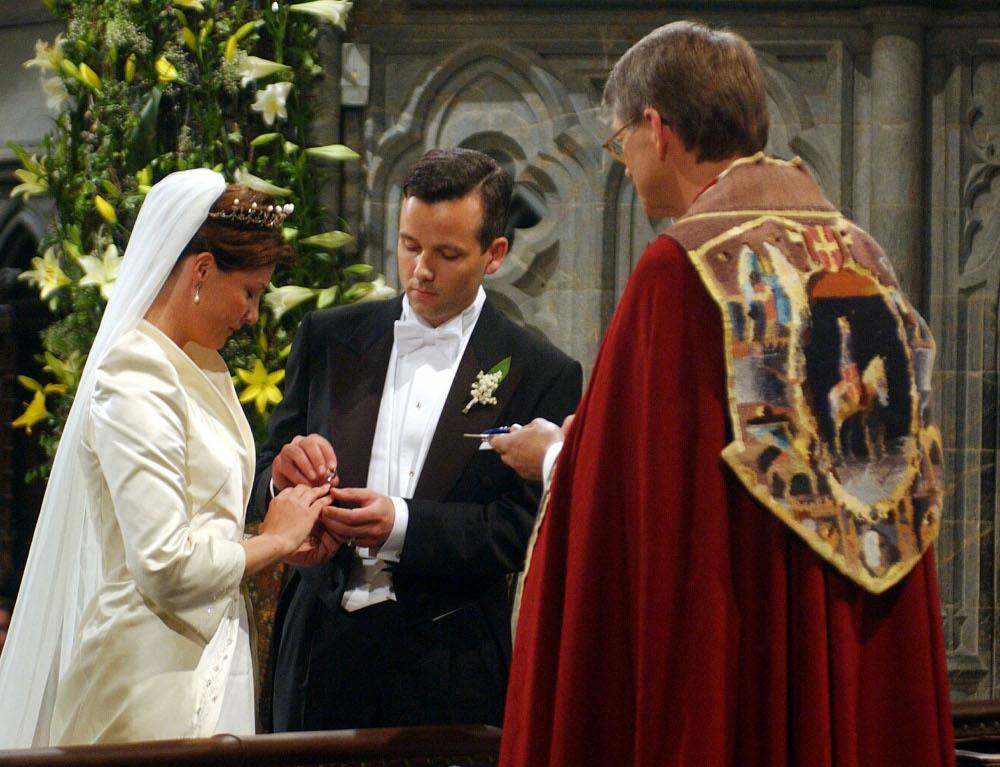 Γάμος πριγκίπισσας Μάρθα Λουίζ και Αρι Μπεν