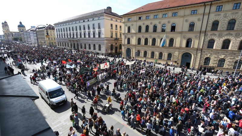 Πάνω από ένα εκατομμύριο διαδηλωτές συγκεντρώθηκαν στους δρόμους της Γερμανίας / Φωτογραφία: AP