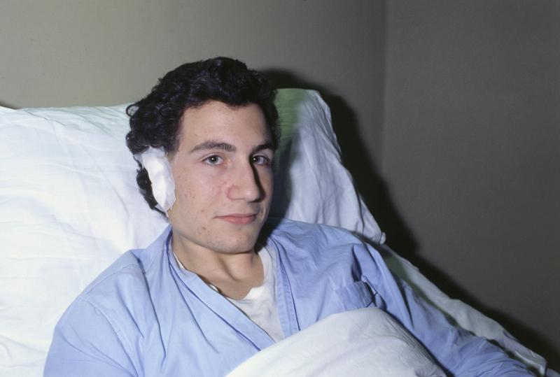 Ο Giorgio Calissoni, γιος της  Anna Bulgari Calissoni, με κομμένο αυτί
