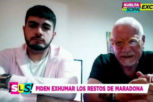 Ο Σαντιάγο Λάρα και ο δικηγόρος Χοσέ Νούνεζ μιλούν στην εκπομπή Suelta la Sopa του Telemundo