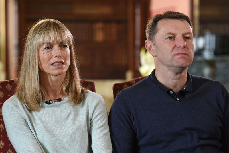 Οι γονείς της Μαντλίν ΜακΚαν, που εξαφανίστηκε πριν από 13 χρόνια