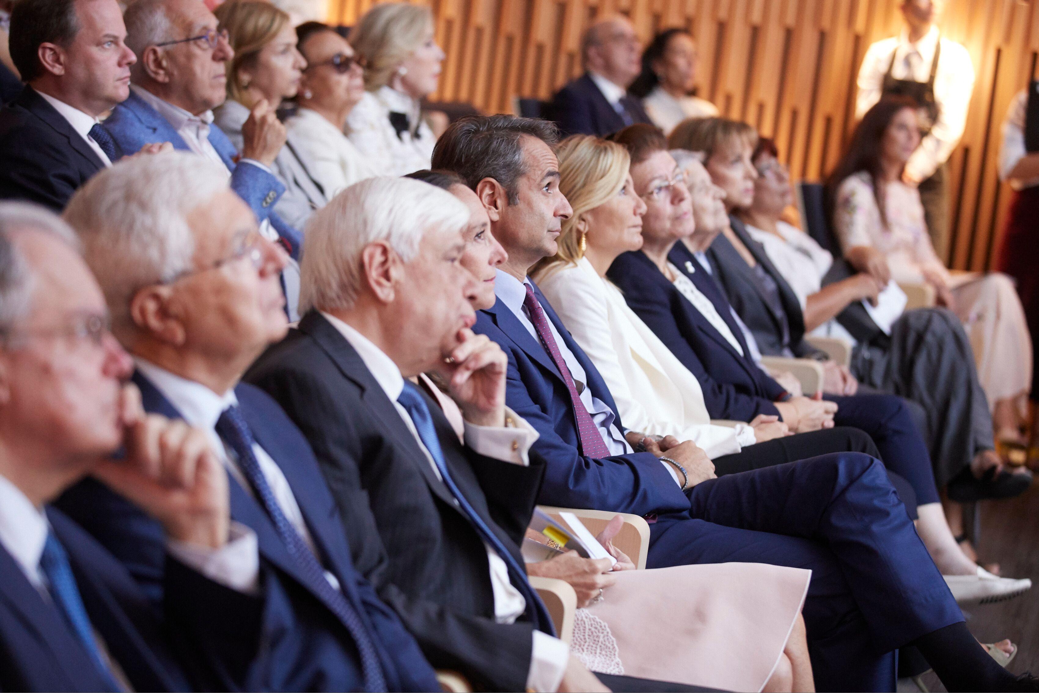 Πρόεδρος της Δημοκρατίας και Πρωθυπουργός στα εγκαίνια του νέου Μουσείου Γουλανδρί