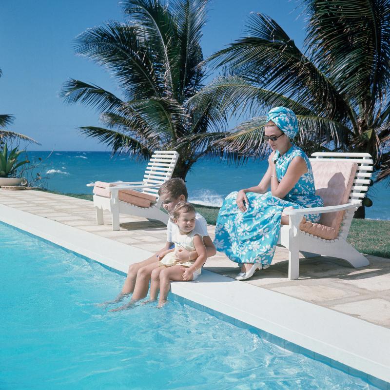 Η Γκρέις Κέλι με τα δύο της παιδιά σε διακοπές