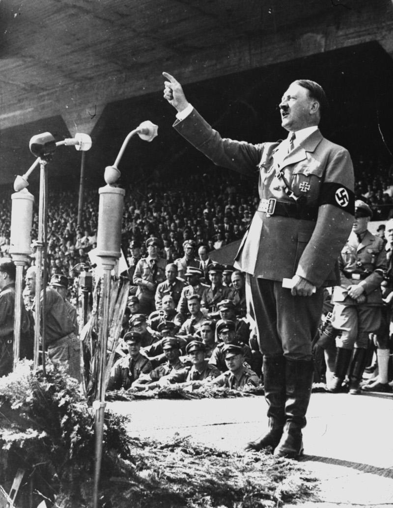ο Χίτλερ σε ομιλία του