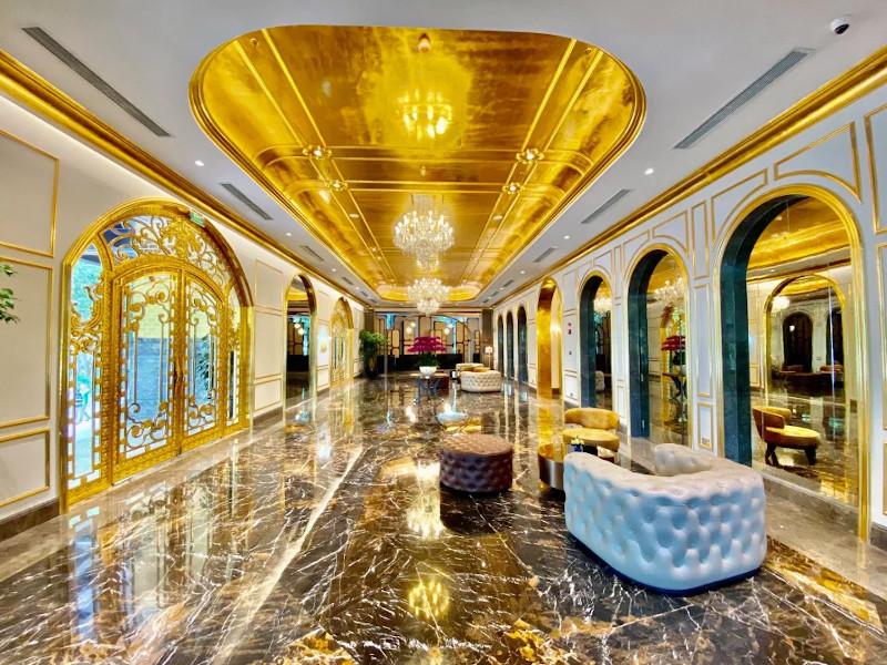 Ένας από τους λαμπερούς χώρους του ξενοδοχείου  Dolce Hanoi Golden Lake
