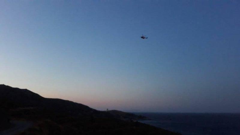 Ελικόπτερο που συμμετέχει στις έρευνες στην Ικαρία για τον εξαφάνιση της Νάταλι Κρίστοφερ