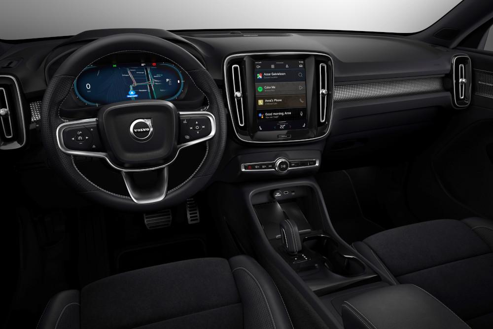H Volvo αποκαλύπτει το ηλεκτρικό XC40 εσωτερικό