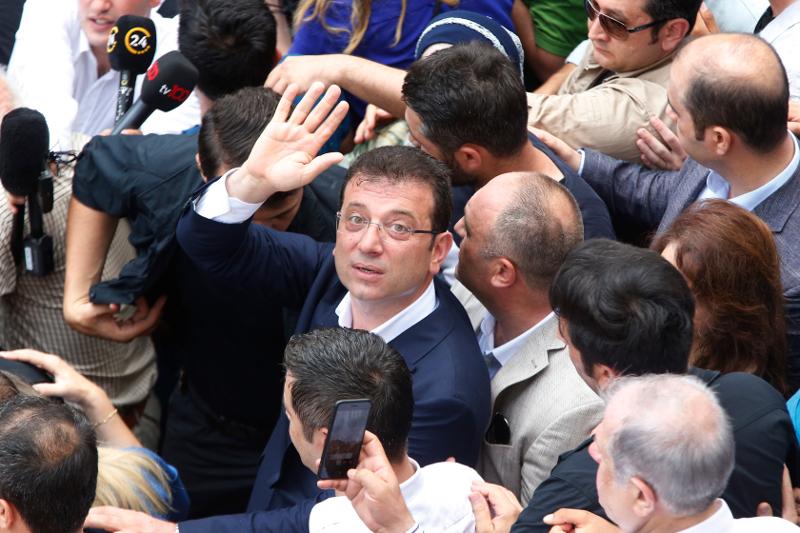 Ο νέος δήμαρχος Κωνσταντινούπολης, Εκρέμ Ιμάμογλου