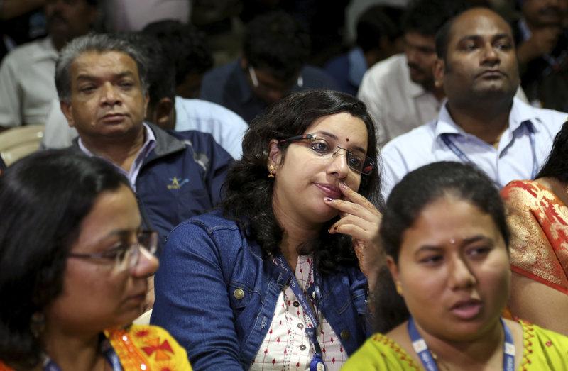 Απογοήτευση από τους υπαλλήλους του ISRO στο άκουσμα της είδησης