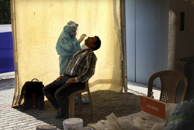 Άνδρας στην Ινδία εξετάζεται για κορωνοϊό