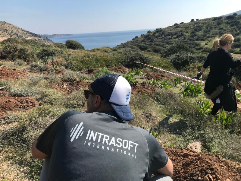 Δράση εθελοντικής δενδροφύτευσης από την INTRASOFT International στην Σαρωνίδα Αττικής