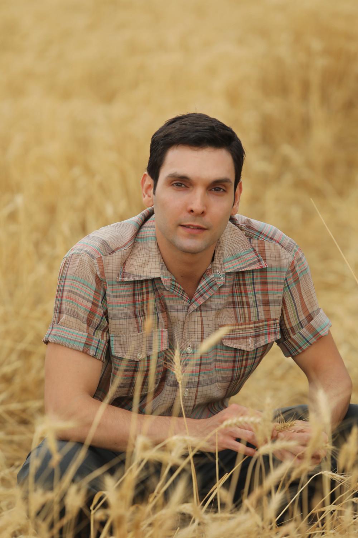 Ο Ιωάννης Αθανασόπουλος υποδύθηκε στις «Άγριες Μέλισσες» τον Γιάννο, τον τρελό του χωριού