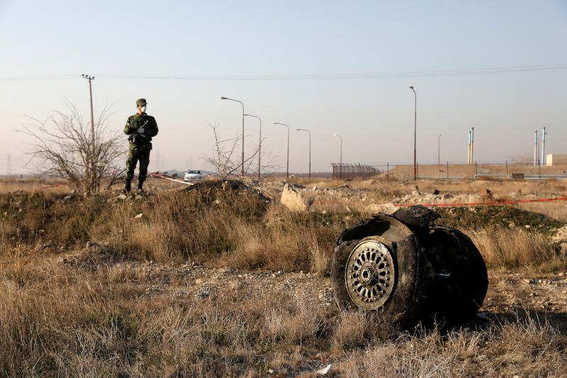 Το αεροπορικό δυστύχημα στο Ιράν άφησε πίσω του 176 νεκρούς