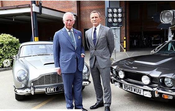 Πριγκιπας Κάρολος james Bond