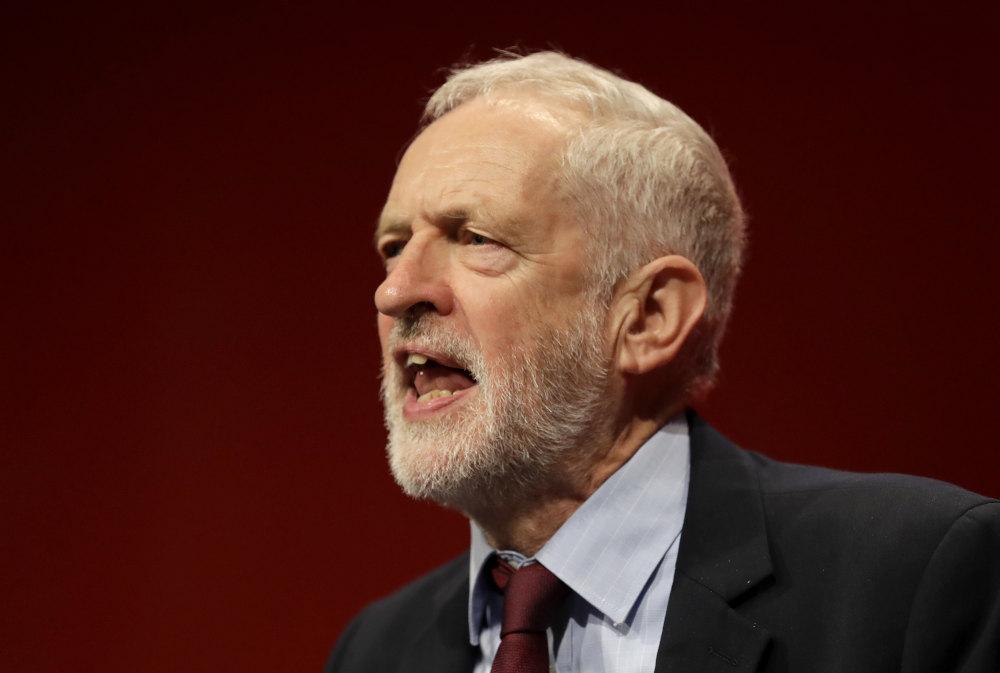 Ο ηγέτης των Εργατικών στη Βρετανία κάλεσε σε απόρριψη της νέας συμφωνίας για το Brexit