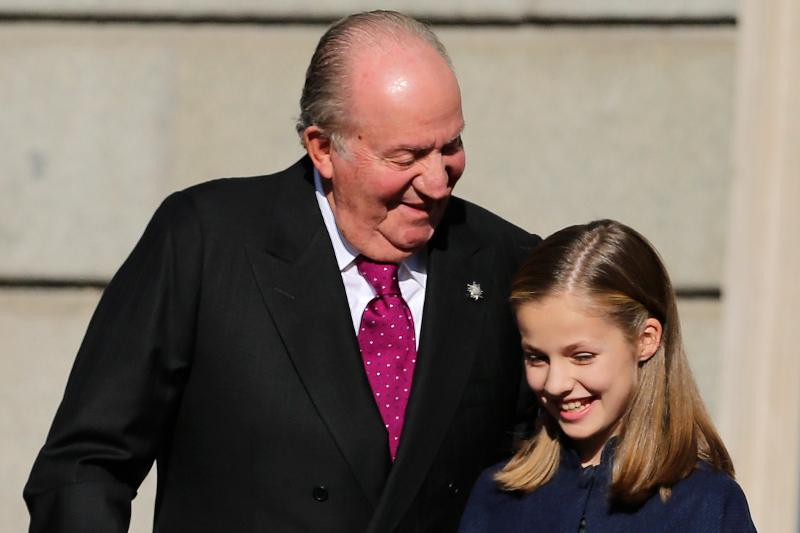 Ο Χουάν Κάρλος με την εγγονή του
