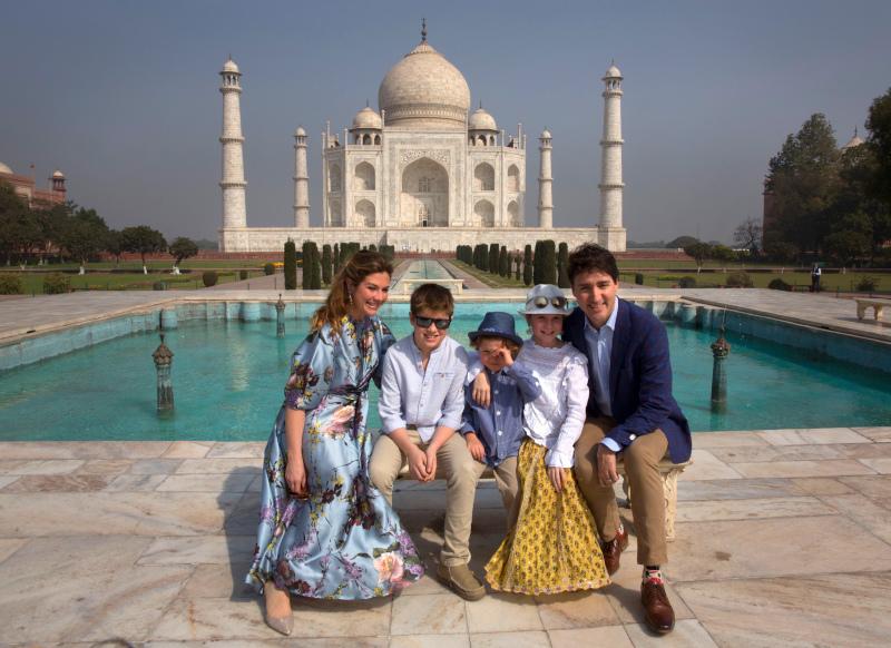 Ο Τζάστιν Τριντό με την οικογένειά του