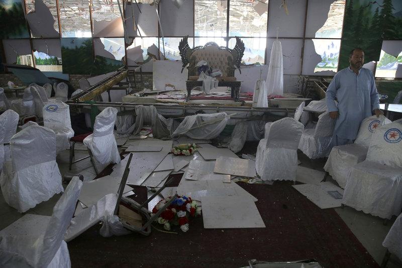 Το ISIS ανέλαβε την ευθύνη για το μακελειό με 63 νεκρούς σε γάμο στην Καμπούλ -