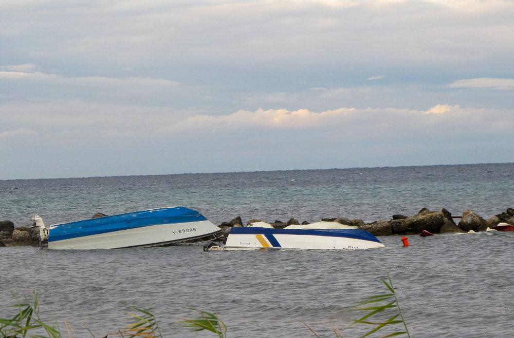 Οι βάρκες στη θάλασσα της Χαλκιδικής την επόμενη μέρα