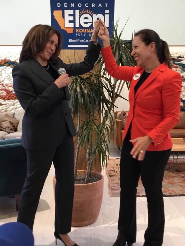 Η Ελένη Τσακοπούλου- Κουναλάκη με την Καμάλα Χάρις στην εκστρατεία της Ελληνοαμερικανίδας για την πολιτεία της Καλιφόρνια