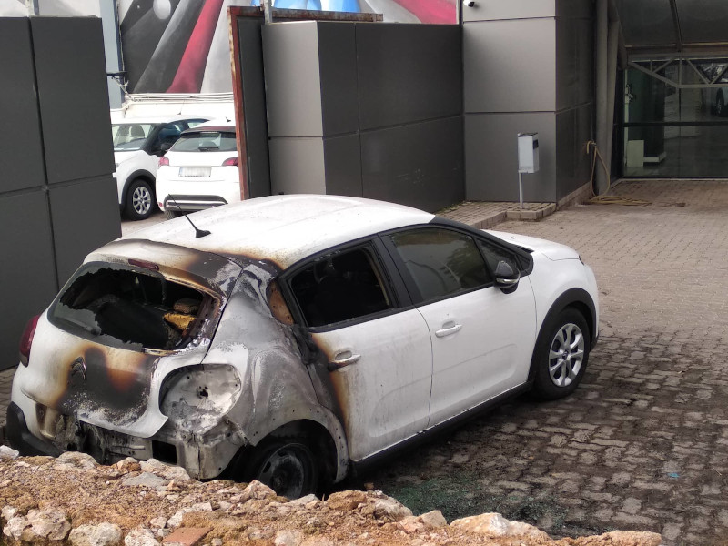 Καμένο αυτοκίνητο