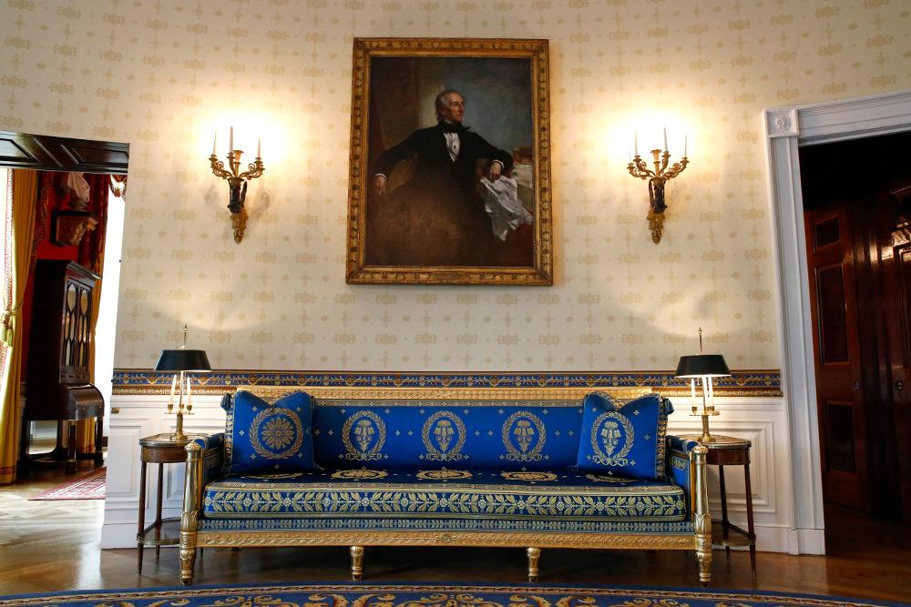 ΜΠλε καναπές στον Λευκό Οίκο