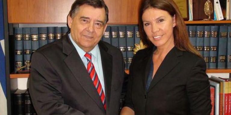 Οταν η Βάνα Μπάρμπα ήταν υποψήφια με τον Γιώργο Καρατζαφέρη το 2012