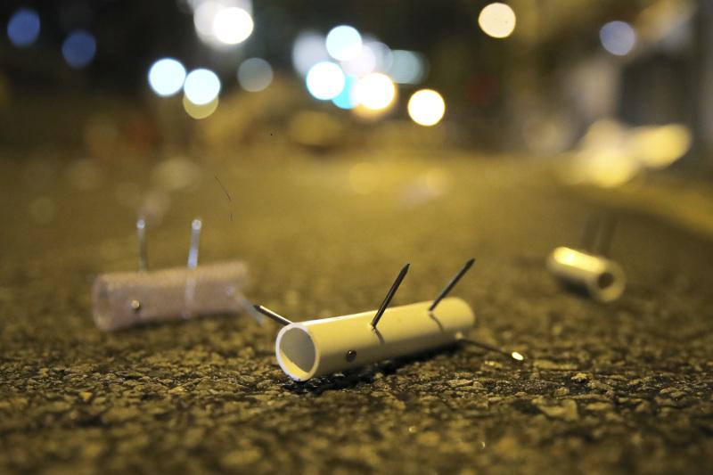 Αυτοσχέδιες κατασκευές από τους διαδηλωτές