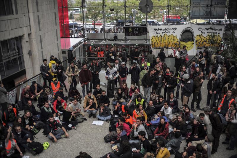 Καθιστική διαμαρτυρία