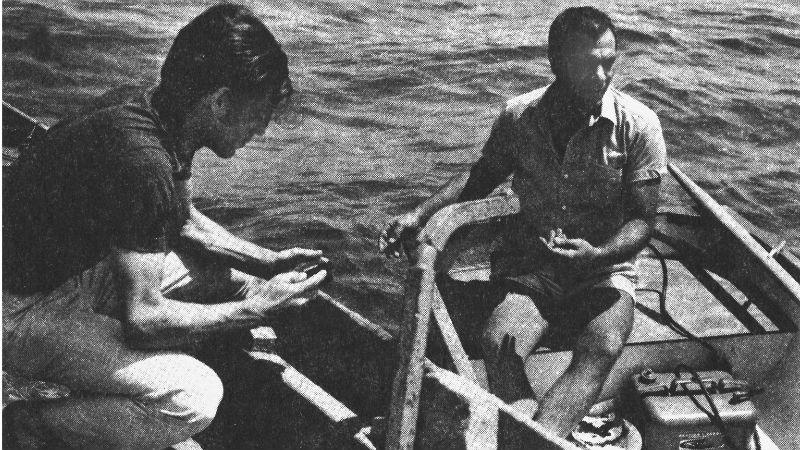 Ο Γιώργος Λιάνης και ο Στέλιος Καζαντζίδης κάπου στον Θερμαϊκό