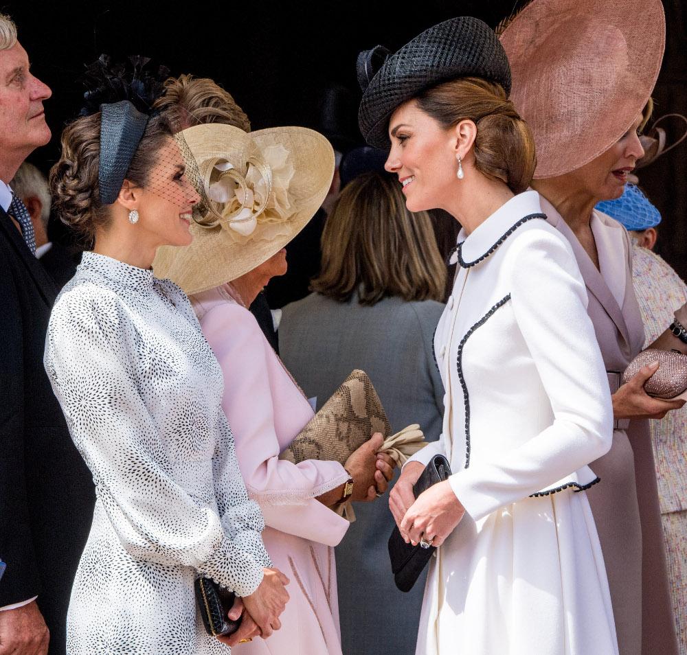 Υπέρκομψες βασίλισσα Λετίθια και Κέιτ Μίντλετον - αν και το φόρεμα της Κέιτ είναι περισσότερο χειμωνιάτικο
