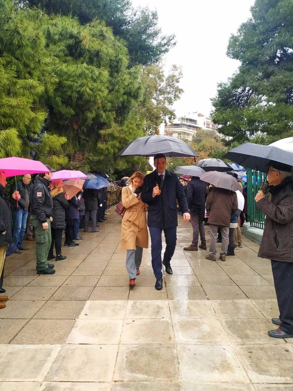 Βασίλης Κικίλιας και Τζένη Μπαλατσινού στην τελετή αγιασμού των υδάτων στη Δεξαμενή Κολωνακίου