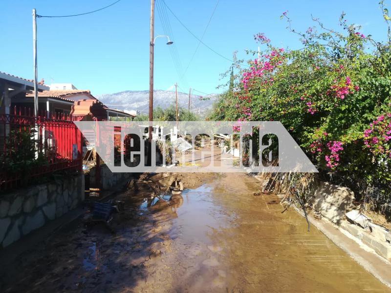 Οι δρόμοι μετατράπηκαν σε ποτάμια λάσπης
